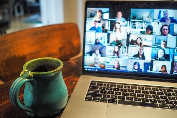 laptop virtual call